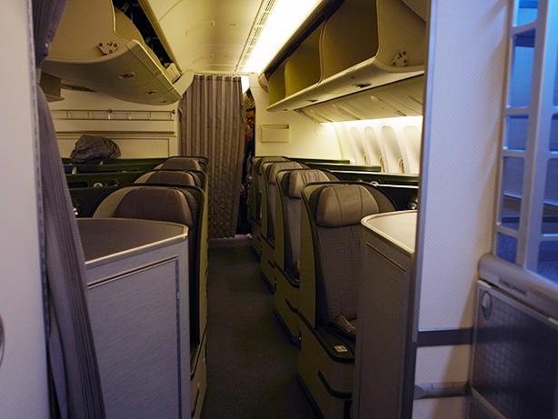 台北からトロントまで エバー航空 ビジネスクラスに初搭乗