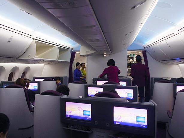 タイ航空 787 ビジネスクラスで名古屋からバンコクまで
